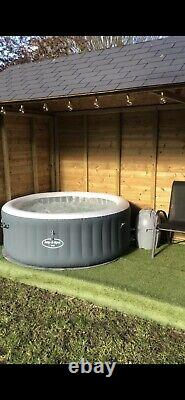 Lay-Z-Spa Bali 4 Person LED Hot Tub Lazy Spa 2020 Model CHESHIRE COLLECT Used