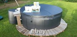 Soft tub hot tub. Never used condition! Gorgeous 6 person, jets, leds. 5k