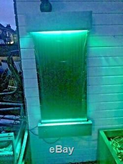 Intérieur / Extérieur Mur Caractéristique De Chute D'eau Avec Led De Couleur À Distance Lumières Changeantes /