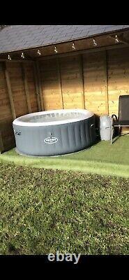 Lay-z-spa Bali 4 Personnes Led Hot Tub Lazy Spa 2020 Modèle Cheshire Collect Utilisé
