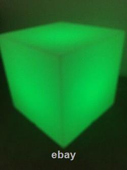 Led Plinth Grand 50x50cm Light Up Product Display